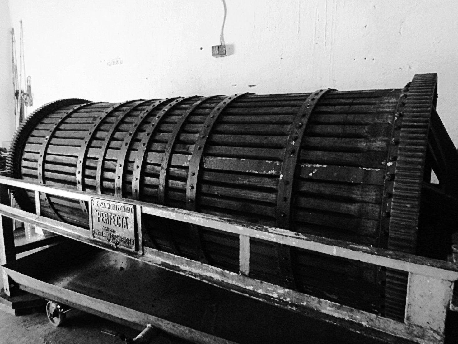 artesanos handcrafted prensa